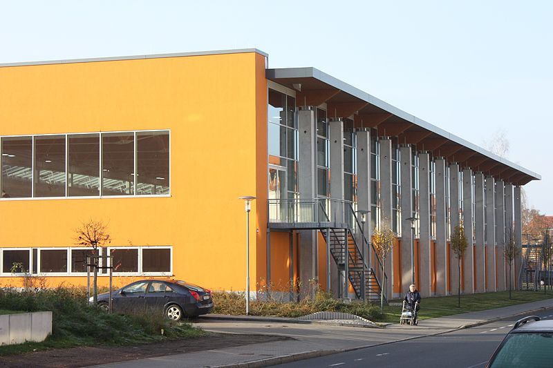 Die Robert-Koch-Schwimmhalle ist auch Olympiastützpunkt.