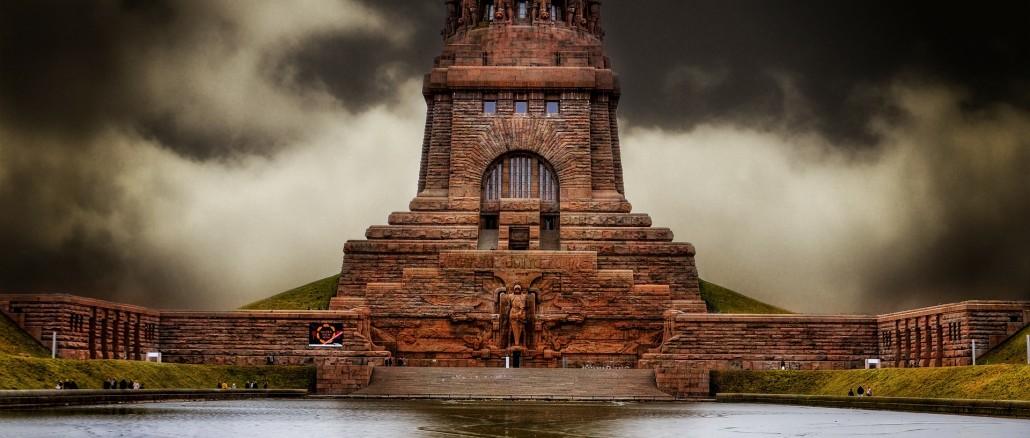 Das Völkerschlachtdenkmal, in Erinnerung der Völkerschlacht von 1813.