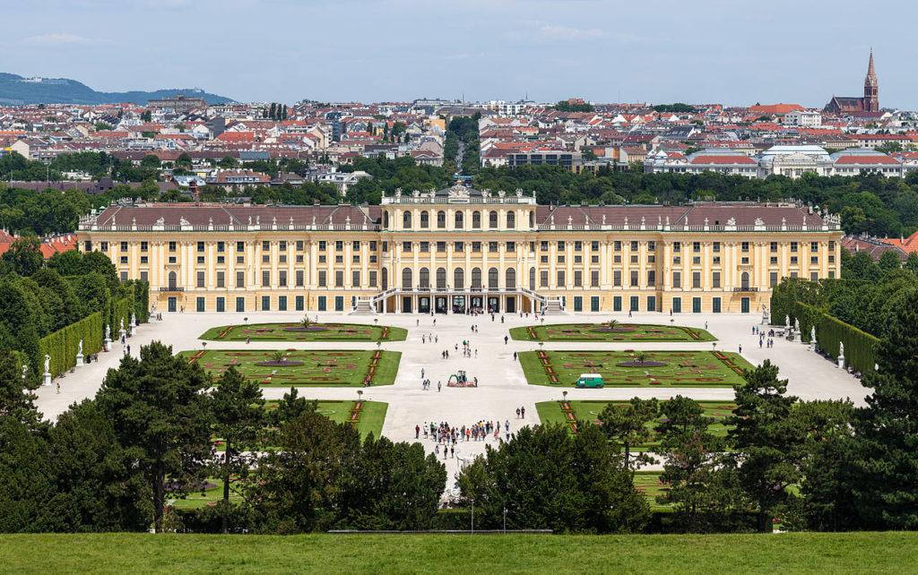 Schloss Schönbrunn in Wien, Österreich (CC BY-SA 3.0)