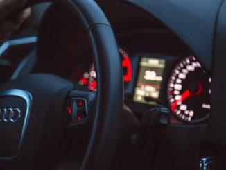 Bald stehen wieder die Termine für's Auto an: Versicherung, Reifenwechsel usw.