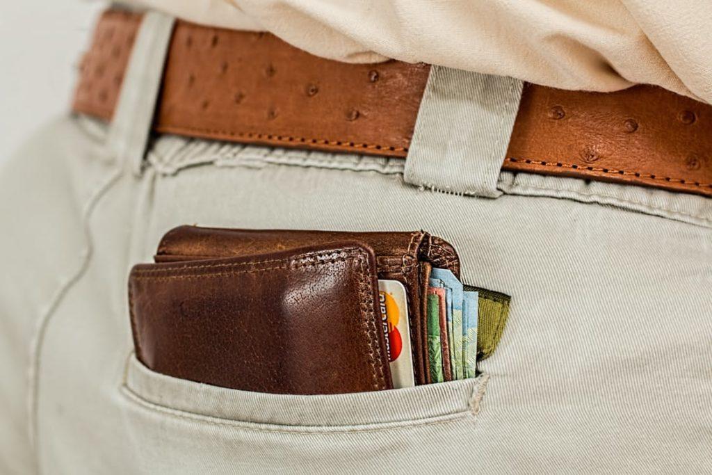 Geld-, Kredit- und EC-Karten sind heute meist noch am Körper zu tragen - und damit auch zu stehlen. Das soll sich ändern.