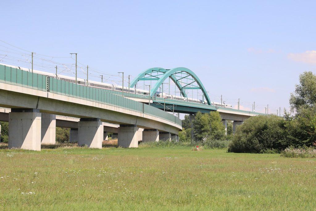 Saale-Elster-Talbrücke (2018) im südlichen Halle bzw. Saalekreis. (CC BY-SA 3.0)